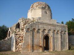 HiPuglia| La chiesa di San Felice a Balsignano. http://www.hipuglia.com/2013/03/la-chiesa-di-san-felice-balsignano.html