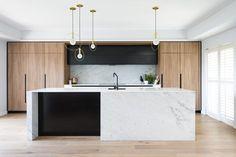 Modern Kitchen Interior Designed by: Darren Genner, Minosa Design Modern Kitchen Interiors, Home Decor Kitchen, Interior Design Kitchen, New Kitchen, Kitchen Living, Family Kitchen, Kitchen Ideas, Kitchen Modern, Kitchen Time