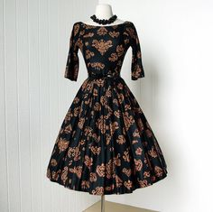 JONATHAN LOGAN black and copper polished cotton mayan print full skirt pin-up cocktail party dress