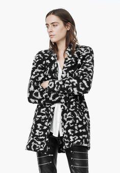 df0f4daf69 Fekete Moher Tartalmú Kabát a MANGO márkától és további hasonló termékek a  Fashion Days oldalán Mango