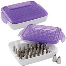 Always have a wide selection of decorating tips readily available with the Wilton Tip Organizer. Holds 55 standard-sized tips and allows for nesting of up to three tips.