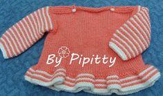 Já fiz este casaquinho para bebê recém nascido. A receita já está publicada aqui no blog.   Desta vez pensei num casaquinho com tamanho para...