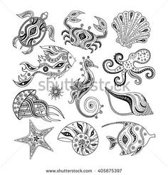 Collection of cartoon sea creatures isolated on white background. Set of marine shells, fish, octopus, crab, turtle, starfish, sea horse, jellyfish, seaurchin. Vector illustration. Hand drawing.