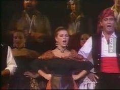 Placido Domingo sings  Jota from La dolores by Breton