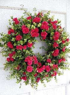 Couronne de printemps éblouissante Rose Rose par WaysideFlorals
