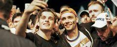 Martin Garrix selfie with fans