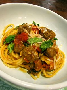 Buccatini with Meatballs
