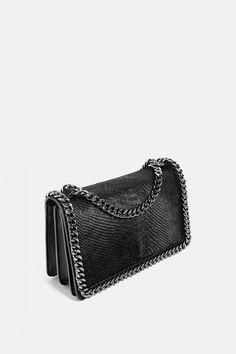 BANDOLERA CADENA GRABADA Zara Women, Color Negra, Crossbody Bag, Handbags,  Image, 046950c89f