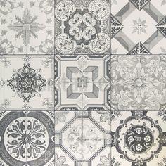 Home Decoration Inspiration Küchen Design, House Design, Floor Design, Black Interior Doors, Downstairs Toilet, Portuguese Tiles, Home And Deco, Kitchen Tiles, Tile Patterns