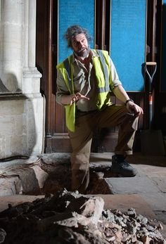 For centuries historians have known the peculiar story of Bristol Cathedral's nave, but now it's been backed up by the first archaeological dig inside the cathedral for 150 years. David Clensy...