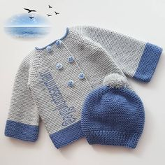 Baby Hats Knitting, Baby Knitting Patterns, Knitted Hats, Crochet Slippers, Knit Crochet, Baby Cardigan, Baby Dress, Mantel, Dame