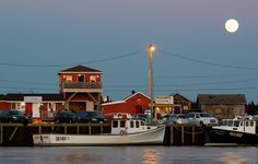 Full Moon at Covehead Harbour by IIT