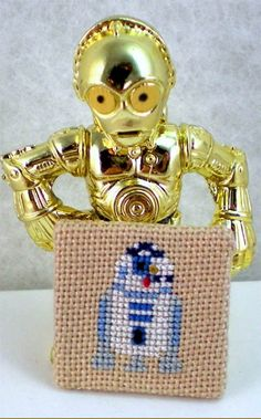 R2cD2 Cross Stitch