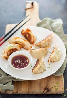 Vegetarian Recipes, Snack Recipes, Cooking Recipes, Healthy Recipes, Cooking Ideas, Easy Japanese Recipes, Asian Recipes, Sports Food, Dumplings