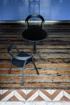 Compas chair and Poule table design by Patrick Norguet for Kristalia #smalltable #interiordesign #interiordecor