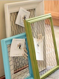 Take a look at the reused frame made of Chicken Wire. ---------------- #repurposed #frame #picture #frames #recycle #diy
