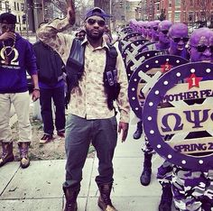 Mother Pearl brothers of Omega Psi Phi Fraternity Inc. Black Fraternities, Alpha Phi Alpha, Omega Psi Phi, Masonic Lodge, Howard University, Sorority And Fraternity, Greek Life, Historical Pictures, Fan Girl