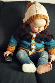 hipster baby-- only one sock Knitting Patterns Free, Free Knitting, Baby Knitting, Crochet Baby, Knit Crochet, Hipster Babies, Pretty Baby, Knitting For Kids, Baby Boy Fashion