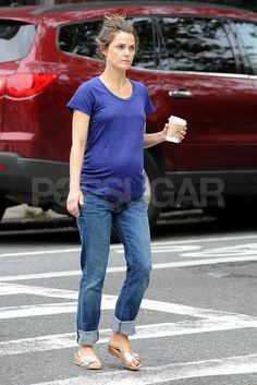 Pregnant Keri Russell (683×1024)