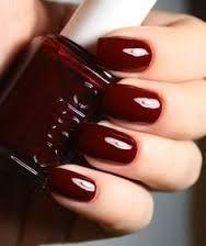 Essie - Berry Naughty