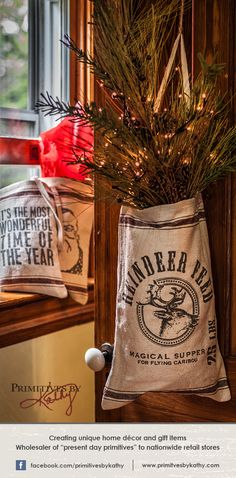 Christmas Decor. Reindeer Feed. Magical supper for flying caribou!