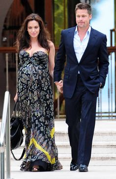 Angelina Jolie- gorgeous flowy, strapless dress with sweetheart neckline really looks flattering pregnant.