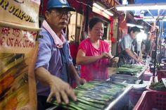 Melaka… momo és makuka… Buddhist Temple, Travel, Trips, Traveling, Tourism, Outdoor Travel, Vacations