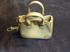 Miniature bag, it really opens