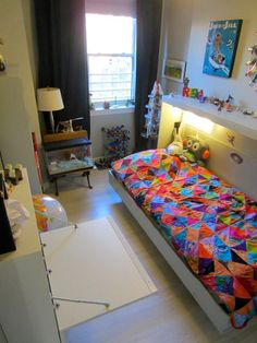 Built in murphy beds in kids room frees up floor space for play (they did it themselves using plans bought online)
