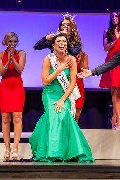 Alexis Wallace Crowned Miss Oregon 2015 for Miss America 2016
