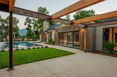 Open to see more photos. Consider a little metal siding? Mountain Home Exterior, Mountain House Plans, Barn House Design, Dream Home Design, Old Country Houses, Rustic Houses Exterior, Modern Farmhouse Exterior, Colorado Homes, Facade House