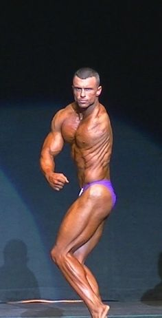 Yep, this guy is ripped and he's missing an arm.... what was your excuse again?