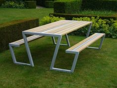 Welded Furniture, Iron Furniture, Steel Furniture, Woodworking Furniture, Garden Furniture, Furniture Design, Metal Picnic Tables, Diy Outdoor Table, Craftsman Front Doors