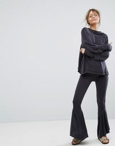 Get this Free People's basic leggings now! Click for more details. Worldwide shipping. Free People Movement Ebb And Flow Pant - Black: Trousers by Free People, Soft-touch sweat, Flared leg, Asymmetric hem, Regular fit - true to size, Machine wash, 92% Modal, 8% Polyester, Our model wears a UK S/EU S/US XS and is 170cm/5'7 tall. With roots back to the �70s, the Free People girl lives through art, fashion, music and wanderlust. She�s feminine in spirit and Bohemian in attitude. From sweet t...
