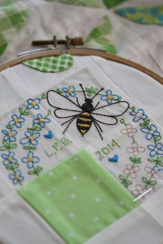 Leanne Beasley's Honey Bee quilt part 2 in Vignette magazine #12