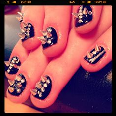 Spike nails Spike manicure Goth nails Black angel Dungeon dweller