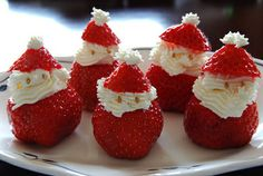 Santa-Claus-Christmas-Strawberries