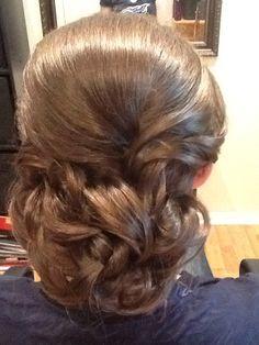 Low bun hairstyle, wedding styling