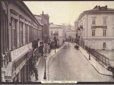 Franz Duschek - Podul Mogosoaiei (Victoria Avenue nowadays) seen from National Theatre square (foreground right). Bucharest Romania, National Theatre, Victorian Architecture, Old City, Old Pictures, 19th Century, Street View, Country, Memories