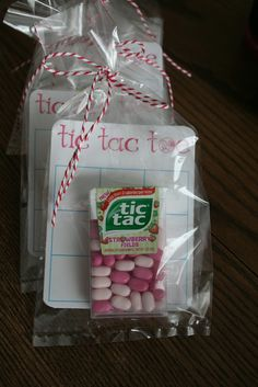 Tic Tac Tie valentine for kids. Clever!