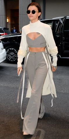 Ruby Rose in Adeam Celebrity Outfits, Celebrity Look, Ruby Rose, Vera Wang, Dress To Impress, Cute Outfits, Warm Outfits, Fashion Design, Fashion Trends