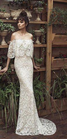 schickes Hochzeitskleid Boho Stil langes Brautkleid Source by freshideen Wedding Dresses Pinterest, Popular Wedding Dresses, Bridal Dresses, Wedding Gowns, Lace Wedding, Trendy Wedding, Wedding Ideas, Dresses Dresses, Wedding Simple
