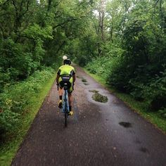Cold, wet, and fun #crossiscoming #giantbikes #rain #puddles #puddles #bikeiowa #cycling #Padgram