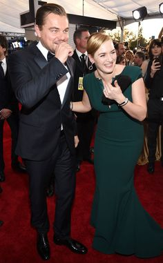 Leonardo DiCaprio & Kate Winslet from SAG Awards 2016: Candid Moments  The Titanic BFFs were having plenty of fun on the red carpet.