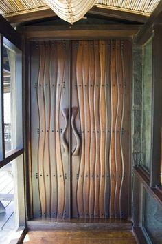 """""""Open Sesame"""" - Sculpted wood doors by Benji Reyes. Cool Doors, Unique Doors, The Doors, Windows And Doors, Front Doors, Entrance Doors, Doorway, Door Knockers, Closed Doors"""