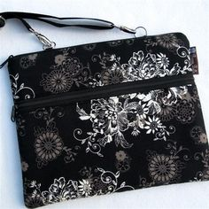 Black Beauty eReader Travel Bag---My very first Kindle bag