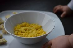 Jajecznica na parze dla niemowlaka - blog parentingowy
