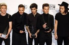One Direction, Harry Styles, Chef Jackets, Boys, Headers, Baby Boys, Senior Boys, Sons, Guys