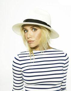 Stripes & fedoras Olsen style. Fab.