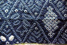 Shibori sur soie bleue ancienne